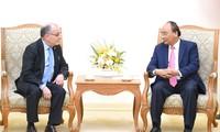 Premierminister Nguyen Xuan Phuc empfängt den argentinischen Außenminister