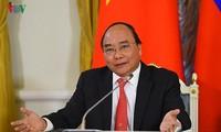 Japanische Medien führen Interview mit Premierminister Nguyen Xuan Phuc