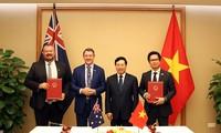 Vizepremierminister Pham Binh Minh empfängt den Regierungschef des australischen Nordterritoriums
