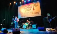 Isolation Berlin wählt Vietnam als erste Station ihrer Reisetour in Südostasien
