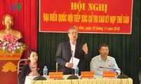 Das ständige Mitglied des ZK-Sekretariats Tran Quoc Vuong trifft Wähler der Provinz Yen Bai