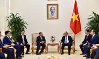 Premierminister Nguyen Xuan Phuc empfängt den kambodschanischen Planungsminister
