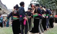 Das Ritual für neuen Reis der Volksgruppe La Ha