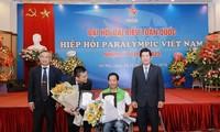 Ehrung der vietnamesischen Sportler mit Behinderung