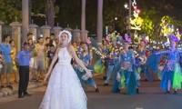 100 internationale Künstler treten beim Straßenfest in Da Nang auf