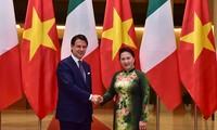 Parlamentspräsidentin Nguyen Thi Kim Ngan trifft den italienischen Premierminister
