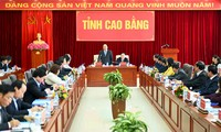 PM urges Cao Bang to become model for overcoming difficulties