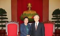 Vietnam, Laos tighten Party relations