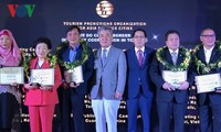 Hanoi, HCM city receive TOP's Best Marketing Campaign Award