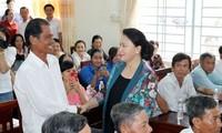 Top legislator reaffirms Vietnam's resolve to fight corruption