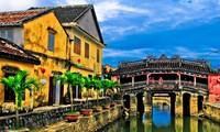 Hoi An to limit tourist access to symbolic bridge