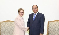 PM proposes negotiations on Vietnam-Mercosur trade agreement