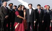 นายกฯเหงียนเตินหยุงเข้าร่วมการประชุมผู้นำอาเซียน-อินเดีย