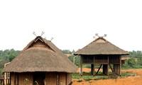 บ้านยกพื้นกับประเพณีของชนเผ่าไท