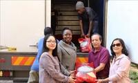 ชุมชนชาวเวียดนามที่แอฟริกาใต้ส่งสิ่งของบริจาคช่วยเหลือ ซิมบับเว หลังพายุไซโคลนอิดาอี