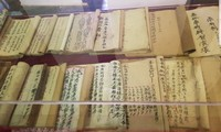 """คนสุดท้ายในตระกูล ลาย ครอบครัวที่มีเกียรติประวัติในการทำกระดาษ """"ซั๊ก"""" เพื่อเขียนพระบรมราชโองการของกษัตริย์ในอดีต"""