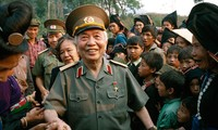 General Vo Nguyen Giap in the current of national history