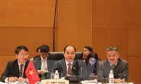Vietnam participates in 47th ASEAN Economic Ministers' Meeting and related meetings