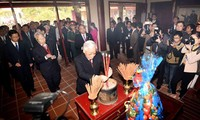 Prime Minister Pham Van Dong's 110th birth anniversary marked