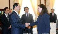 陈大光会见美国亚太经合组织国家中心总裁惠利
