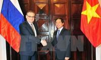 越俄战略对话与副外长级政治磋商在越南举行