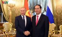 越俄巩固和加强全面战略伙伴关系
