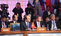 阮春福:ASEAN+3要加强地区经济增长合作