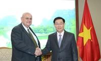 越南政府副总理王庭惠会见美国和巴西驻越大使