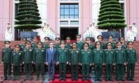 老挝人民军总参谋长对越南进行正式访问