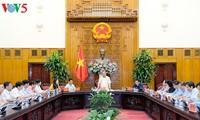 越南政府总理阮春福与广义省领导人举行工作座谈会