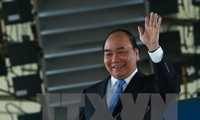 阮春福启程赴加拿大出席G7扩大会议