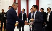 越南高级军事代表团对泰国进行正式访问
