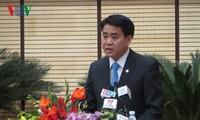 河内市政府领导人与亚洲基金会驻越首席代表举行工作座谈