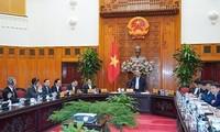 越南政府总理阮春福: 大力推动建设国家革新创新中心