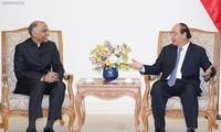阮春福总理会见前来辞行拜会的印度驻越大使