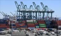 美国把78亿中国商品移出加税清单