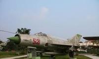Pham Tuan, Jagdpilot und Kosmonaut