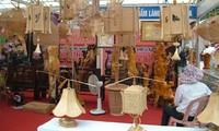 Messe der Handwerkdörfer in Hue eröffnet