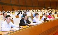 Parlament billigt Gesetz zur Aufsichtsarbeit des Parlaments und der Volkräte