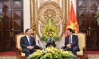 Außenminister Pham Binh Minh empfängt Parteisekretär der chinesischen Provinz Guangxi