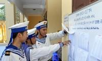 Wahlzetteln auf dem Seeweg nach Truong Sa