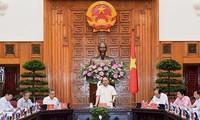 Premierminister Nguyen Xuan Phuc fordert Kon Tum auf, Landwirtschaft umzustrukturieren