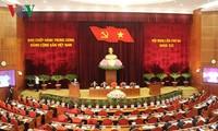 Erster Tag der ZK-Sitzung in Hanoi