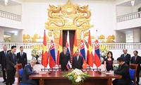 Slowakischer Premierminister Robert Fico besucht Vietnam