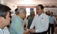 Staatspräsident Tran Dai Quang trifft Wähler in Ho Chi Minh statt