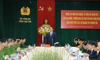 Staatspräsident Tran Dai Quang besucht Vollstreckungsbehörde