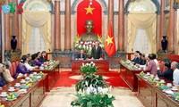 Staatspräsident Tran Dai Quang empfängt ehemalige Agenten T4