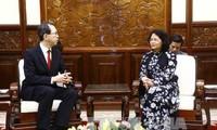 Vizestaatspräsidentin Dang Thi Ngoc Thinh empfängt Gouverneur der japanischen Provinz Fukushima
