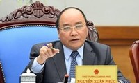 Premierminister Nguyen Xuan Phuc empfängt Außenminister aus Aserbaidschan