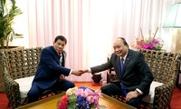ASEAN-Gipfel: Premierminister Nguyen Xuan Phuc trifft philippinischen Präsidenten Duterte